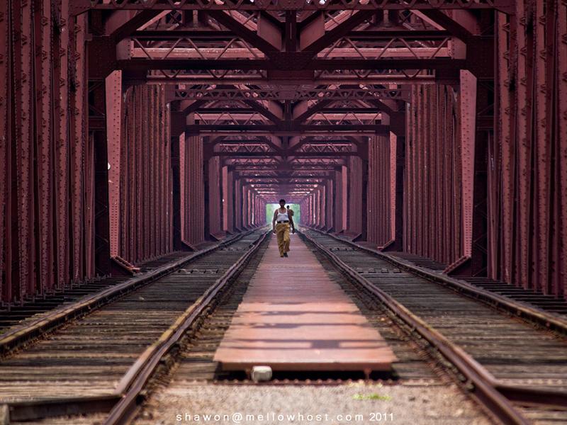 Travel to Bangladesh Hardinge Bridge