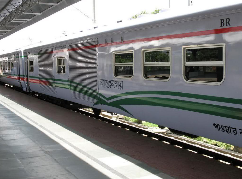 Travel to Bangladesh Kamalapur Railway Station